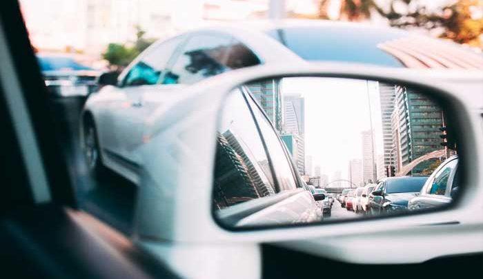 Aktif Menyetir Mobil di Kemacetan