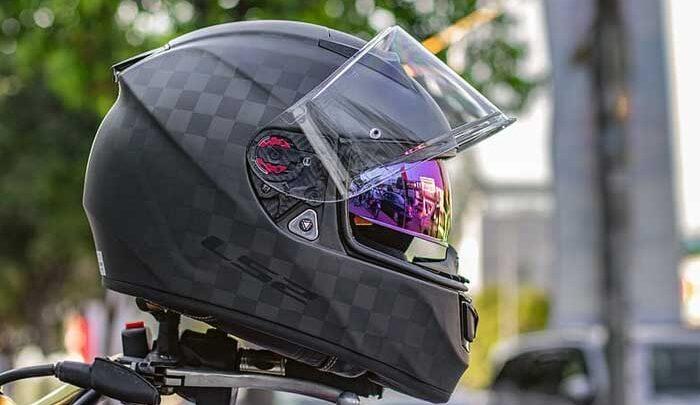 Memilih dan Merawat Helm