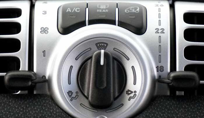 Mengatur AC Mobil